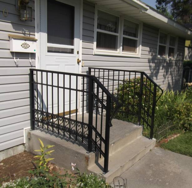 porch safety hand railing