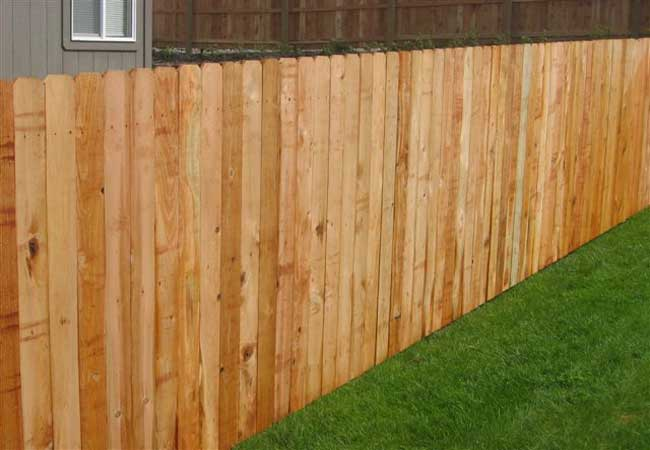 wood dog ear privacy fencing