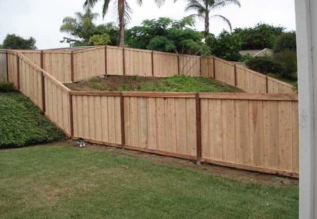 Horizontal Fence With Metal Posts